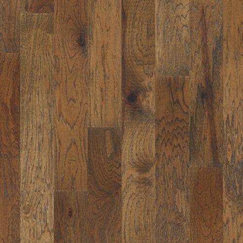 Hardwood floors mannington wood floors heirloom hickory for Natural hardwood floors